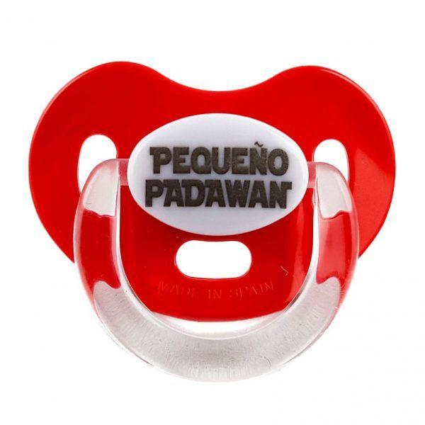 Chupete rojo Star Wars con el mensaje en negro de Pequeño Padawan