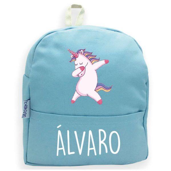 mochila personalizada con nombre en azul y unicornio